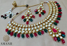Load image into Gallery viewer, Emerald  and rubi necklace set - LebaasOnline