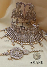 Load image into Gallery viewer, Antique Gold High Choker Bridal Jewellery set - LebaasOnline