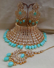 Load image into Gallery viewer, BOLLYWOOD BRIDE-  kundan chocker set - LebaasOnline