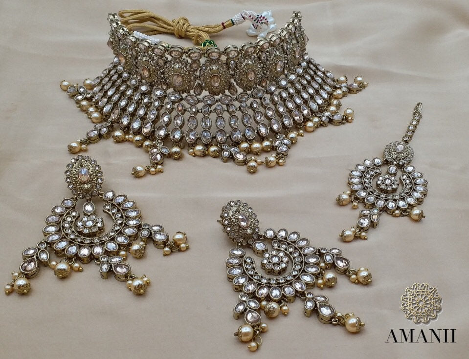 Antique Gold High Choker Bridal Jewellery set - LebaasOnline