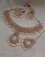 Load image into Gallery viewer, AMANII Regal Indian wedding jewellery - LebaasOnline