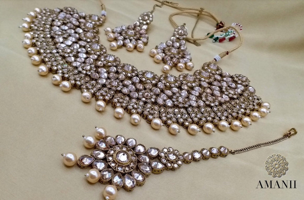 Lavender & Pearl Indian Wedding Jewellery Set - LebaasOnline