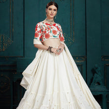 Load image into Gallery viewer, Designer Lehnga  Indian dress for women - LebaasOnline