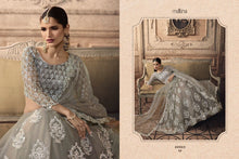 Load image into Gallery viewer, Vivaana Bollywood Bride Designer Lehnga - LebaasOnline