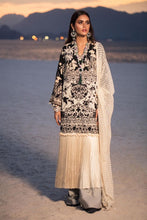 Load image into Gallery viewer, 10A - Sana Safinaz Luxury Lawn 2020
