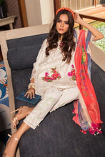 Load image into Gallery viewer, 12A - Sana Safinaz Luxury Lawn 2020