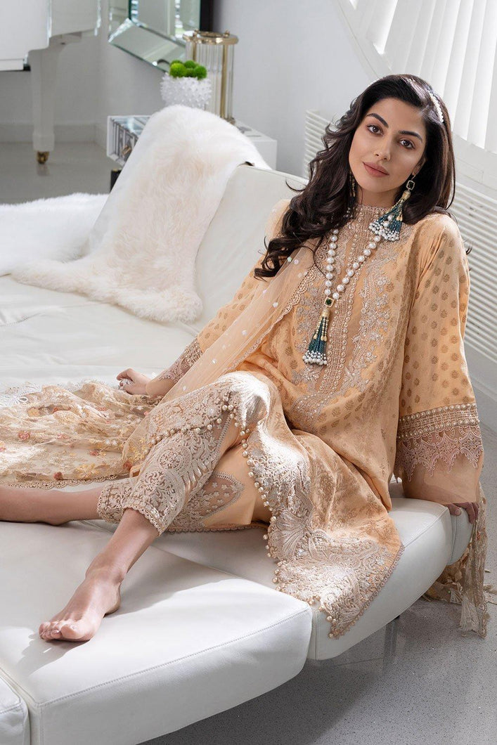 Buy Sobia Nazir's Luxury Lawn Collection 2021 Peach Dress from our website We are largest stockists of Sobia Nazir Lawn 2021 Maria b Pret collection The Pakistani designer clothes are now trending in Mehndi Party Wear dresses and Bridal Collection Buy eid dresses in Birmingham, UK USA Spain from Lebaasonline in SALE!