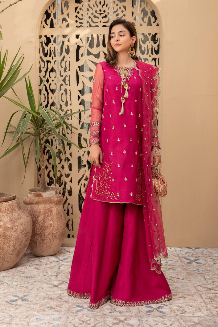 Buy Maria B Suit Fuchsia Pink SF-EF21-07 Ready to Wear and Stitched. READY MADE MARIA B EID COLLECTION 2021 Rejoice this Eid ambiance with balance of dynamic hues with NEW Pakistani designer clothes 2021 from the top fashion designer such as MARIA. B online in UK & USA Express shipping to London Manchester & worldwide