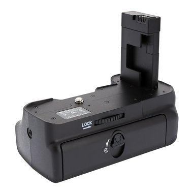 MeiKe MK-D3100 Battery Grip for Nikon D3100 D3200 D3300 D3400