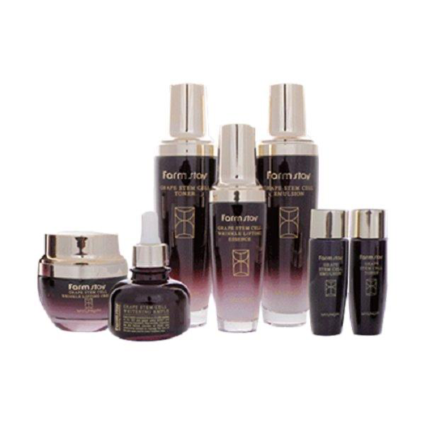 SeoulMills presents the skin care grape stem cell set.