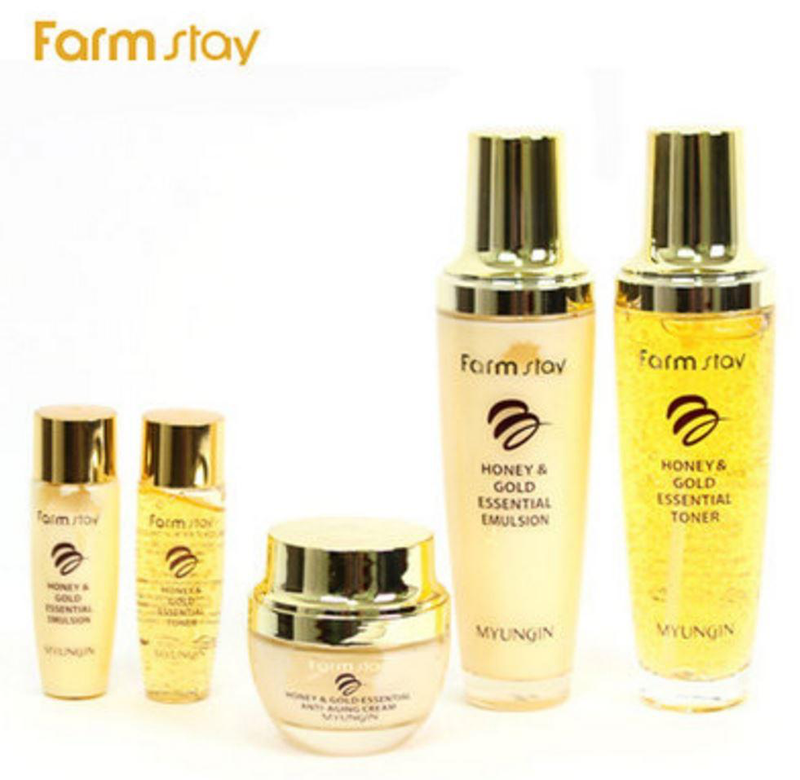 Farmstay's honey and gold skin cream set promotes SeoulMills.