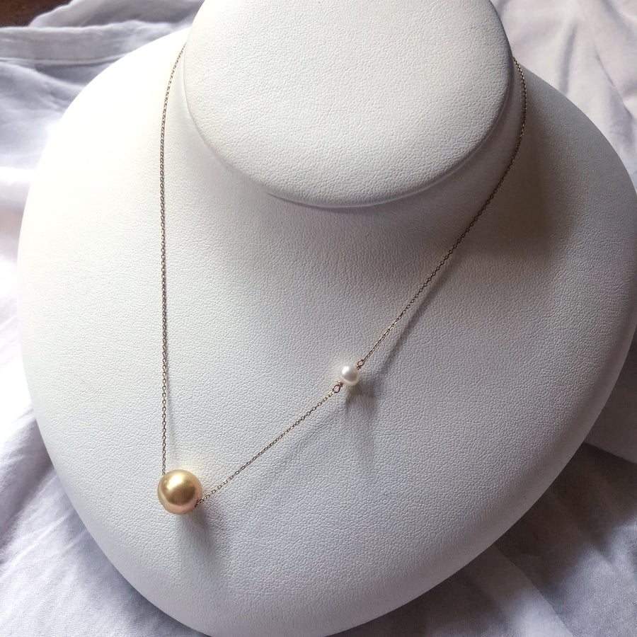 10K - Through necklace - yellow & mini white