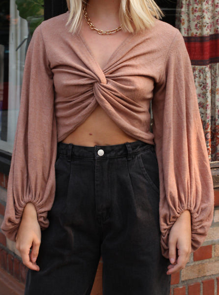 BRUSHED KNIT TWIST CROP TOP