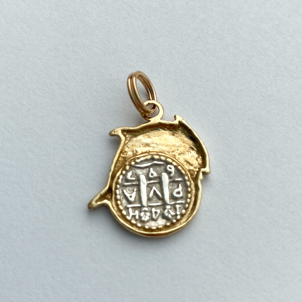Shipwreck Jewelry Collection, Small pendant with a Fish