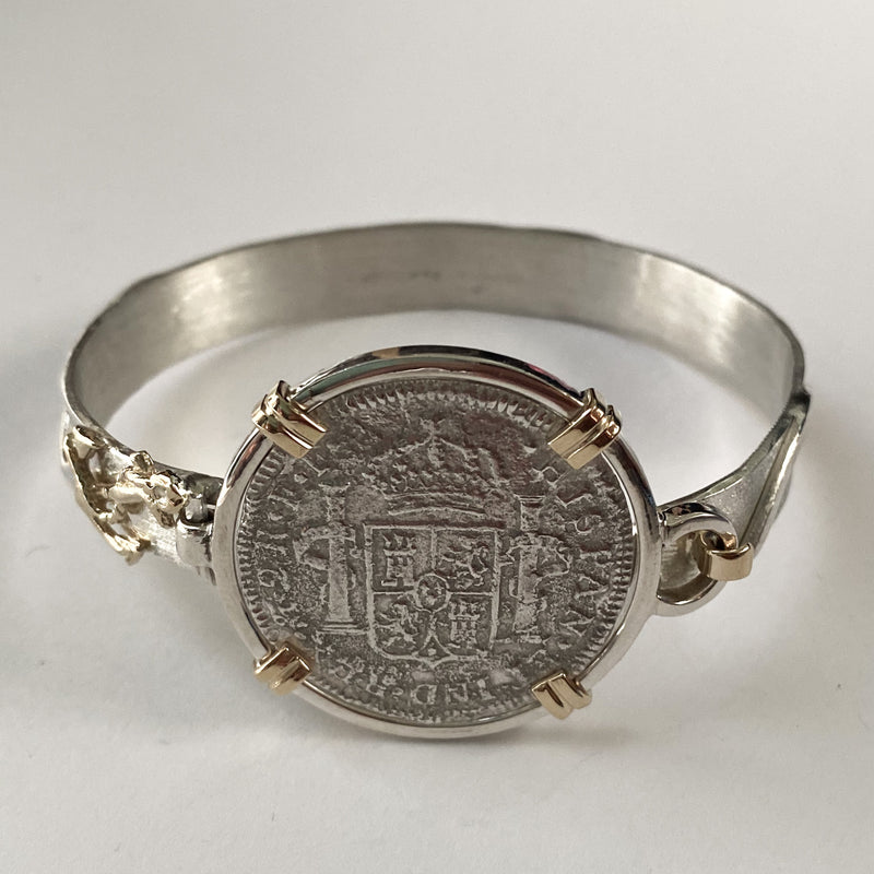 El Cazador 2 Reales, mounted in 14K Gold and Silver bracelet
