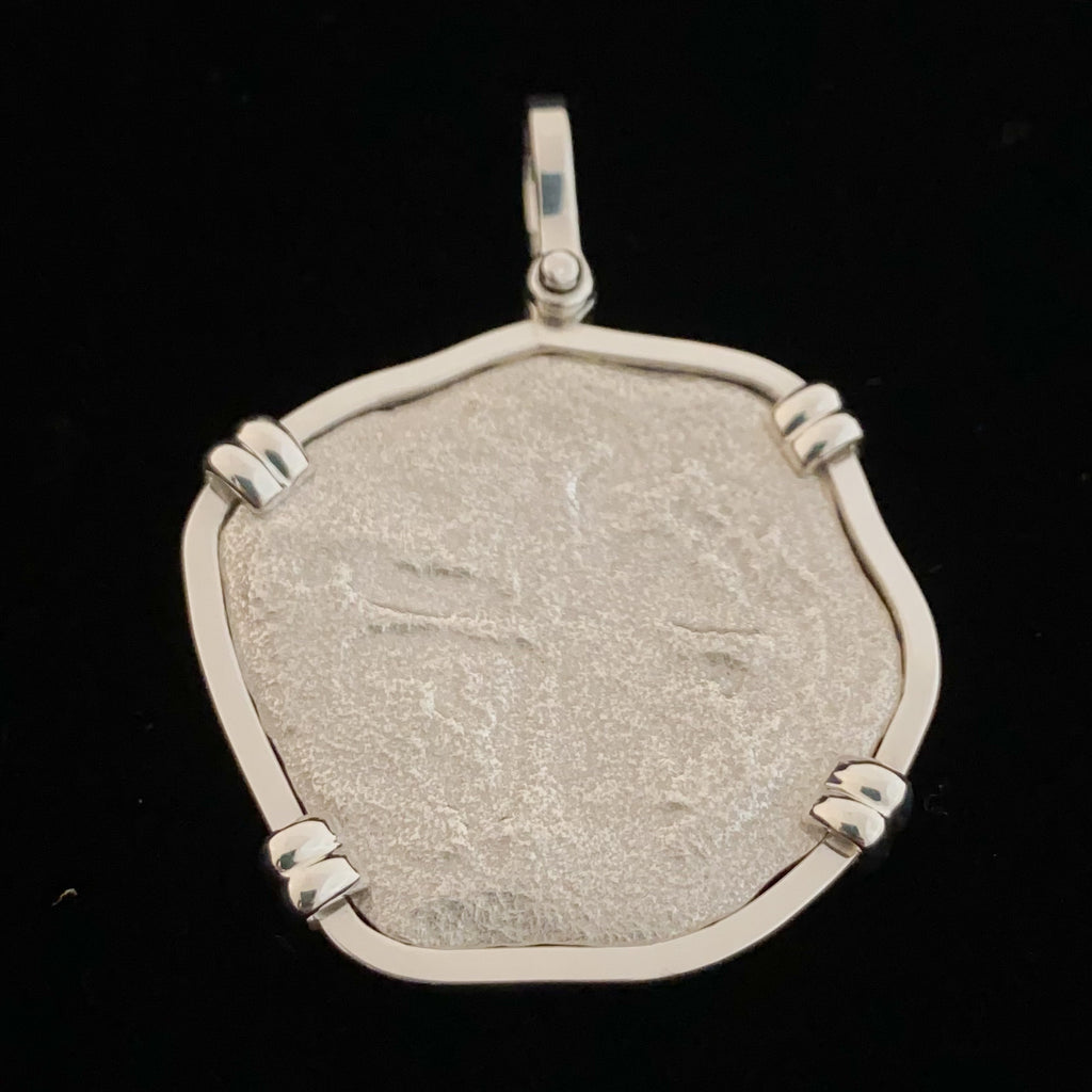 Authentic Margarita Fragment set in Silver mount