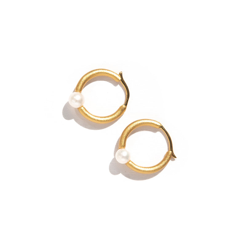 ZARUX - 20k Yellow Gold Vermeil Hoop Earrings with Pearl