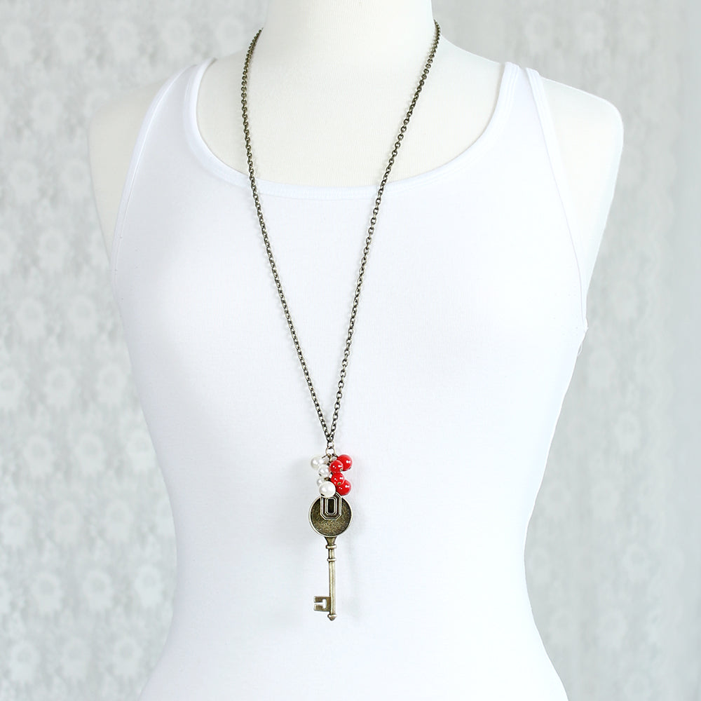 "36"" Ohio State Vintage Style Logo w/ Key and Pearl Cluster Necklace"