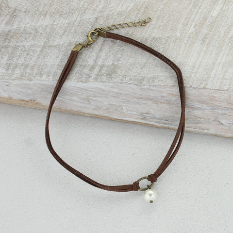 Brown Suede Choker with Pearl