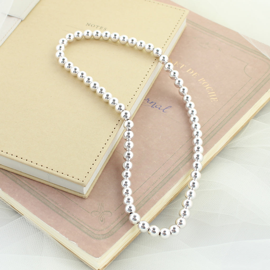"Silver Bead 18"" Stretch Necklace"