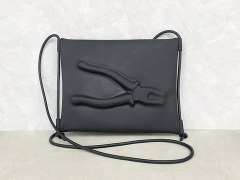 VF MATTE SHOULDER BAG (PLIERS)