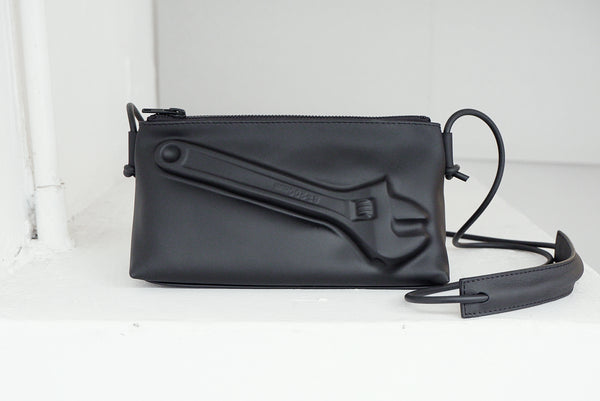 VF TRIANGLE BAG - WRENCH