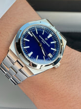 Load image into Gallery viewer, Vacheron Constantin Overseas Blue