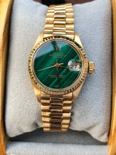 Load image into Gallery viewer, 1970s Rolex Datejust Malachite