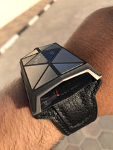 Load image into Gallery viewer, Romain Jerome Spacecraft - Titanium Ltd (1 of 99 Pcs)