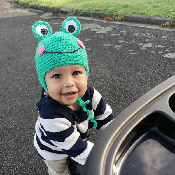 Frog crochet beanie - Made to order