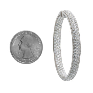 18K White Gold Ladies Round Earrings With White Diamonds