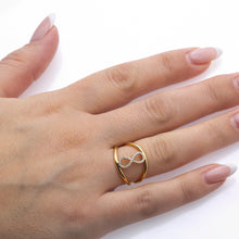 Load image into Gallery viewer, Ladies 18k Yellow Gold With 0.11 CT Right Hand Ring
