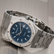 Load image into Gallery viewer, Audemars Piguet Royal Oak Lady 67650ST 33MM Blue Dial With Stainless Steel Bracelet