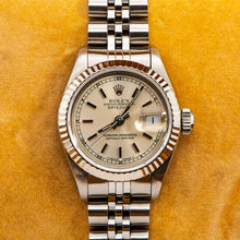 Load image into Gallery viewer, Rolex Lady-Datejust 69174 26MM Silver Dial With Stainless Steel Jubilee Bracelet