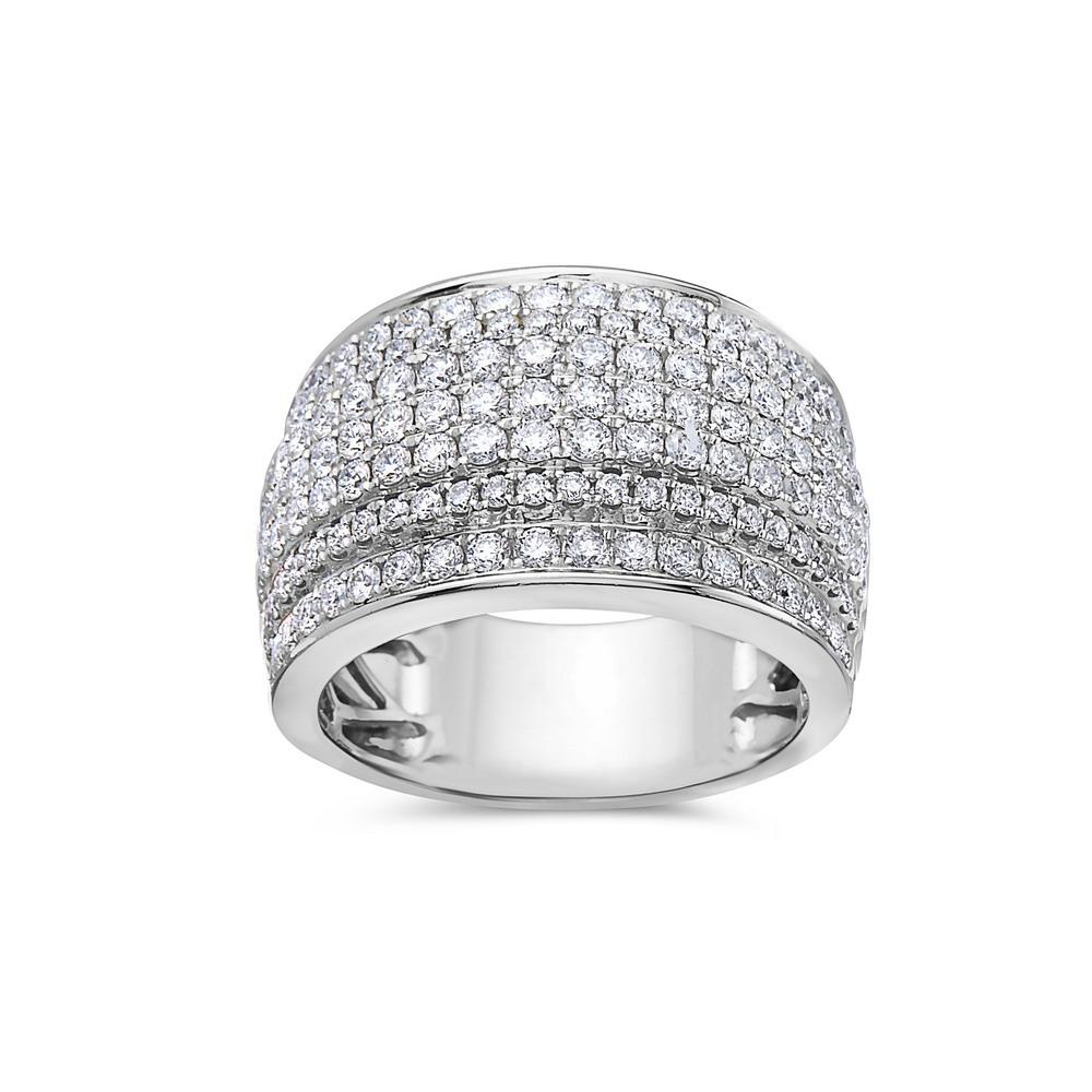 Ladie 18k White Gold With 1.97 CT Right Hand Ring