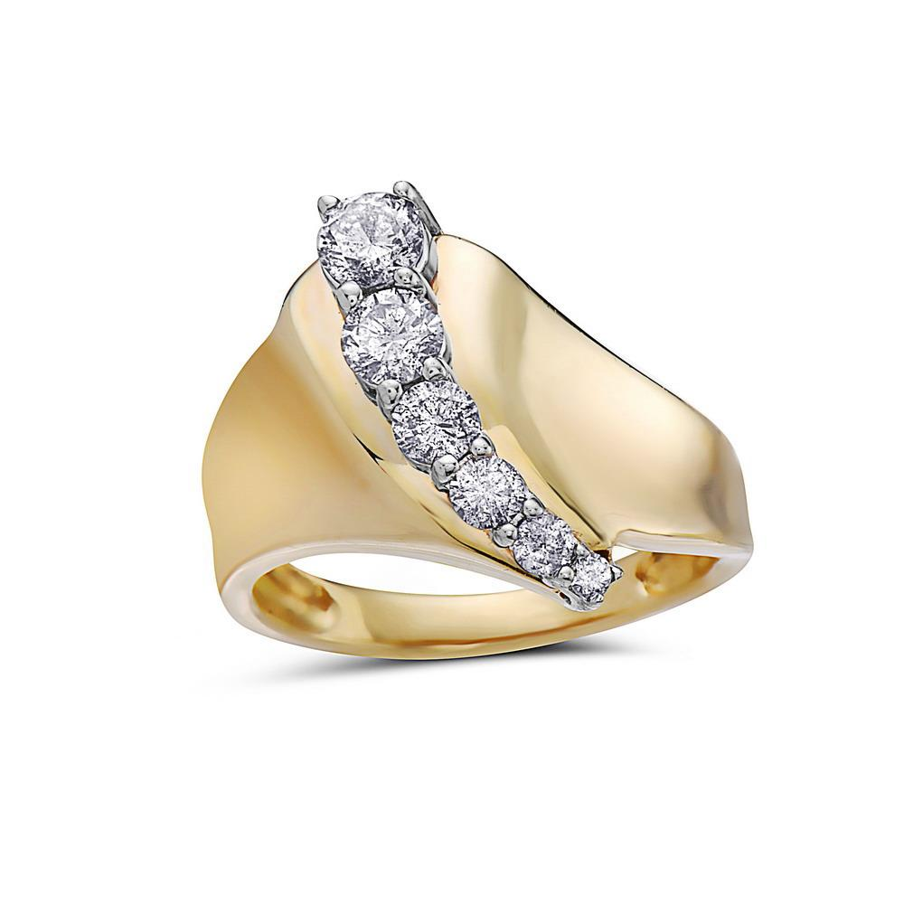 Ladies 14k Yellow Gold With 0.85 CT Right Hand Ring