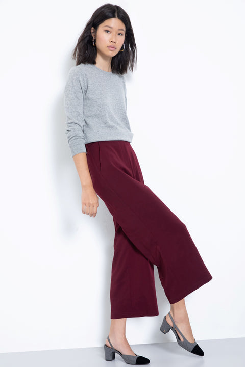 Comfortable pull-on stretch culotte pants - side view