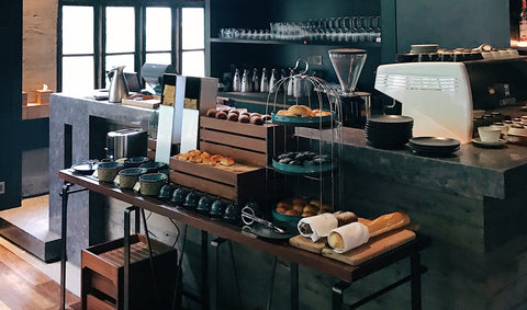 Bakery Counter, How to Find the Best Digital Loyalty Program for Your Business