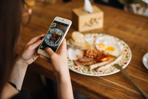 Phone, 5 Reasons Your Restaurant Needs a Website