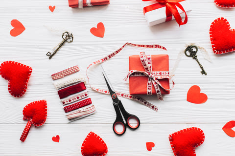 Crafts, 5 Eco Friendly Ways to Decorate Your Restaurant for Valentine's Day