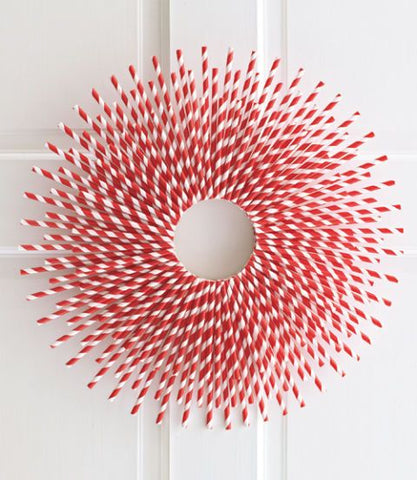 Paper Straw Wreath, 5 Eco Friendly Ways to Decorate Your Restaurant for Valentine's Day