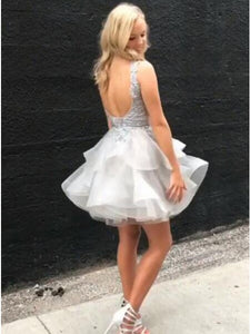 Elegant V-neck Ruffled Ball Gown Short Grey Backless Homecoming Party Dress with Appliqued Bodice OHM184