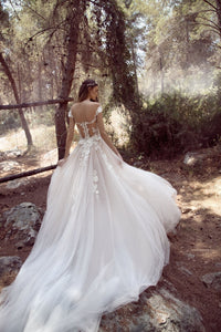 Sexy A Line V-Neck Sweep Train Sleeveless Tulle Bridal Gown Wedding Dresses with Appliques OHD127 | Cathyprom