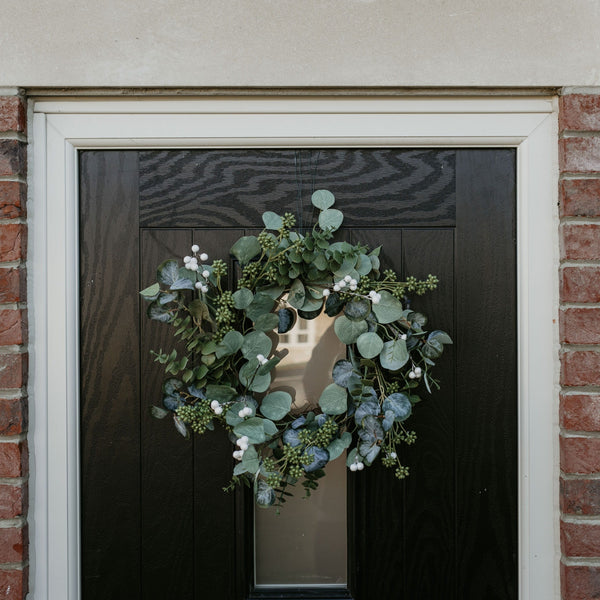 Green Eucalyptus & Mistletoe Christmas Wreath