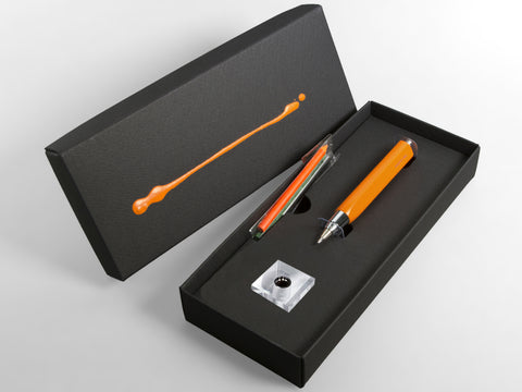 MAT4+ triangular pen - 4 refills + sharpener, carrot colour