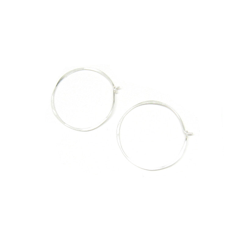 Med. Thin Round Hoop Earrings