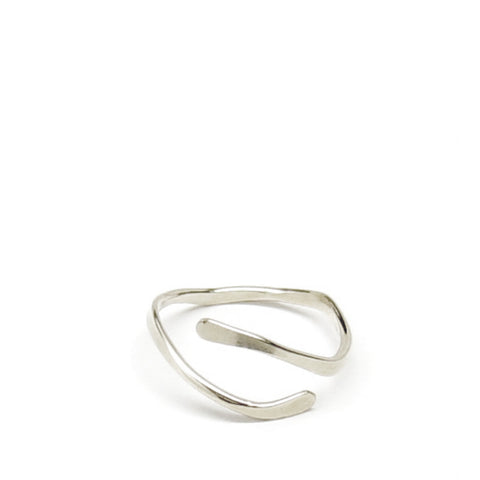 Thin Wave Ring