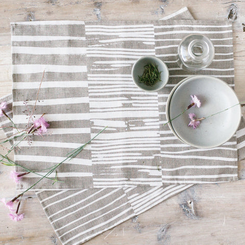 Row Print Linen Placemat Set