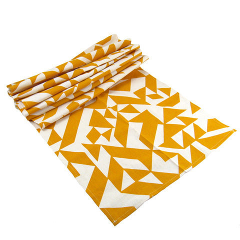 Parallels Table Runner