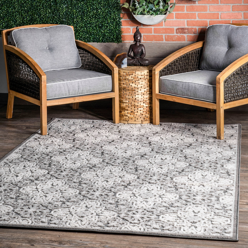 Macie Textured Snowflake Indoor/Outdoor
